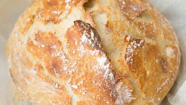 zelfgebakken brood
