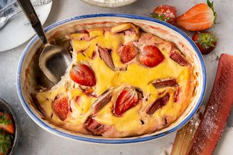 gebakken ricotta met aardbei en rabarber