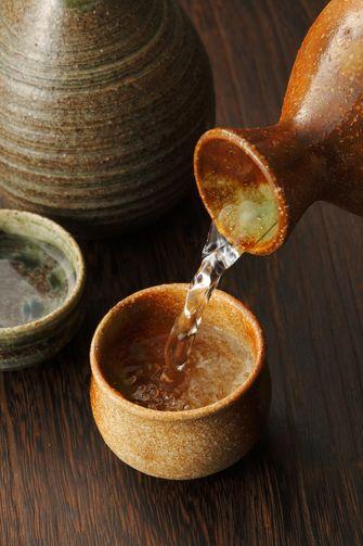 saké drinken