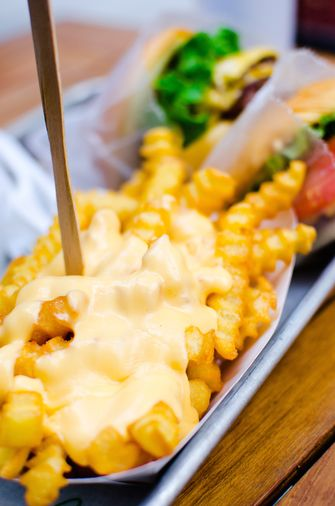 cheese fries frietjes toppings