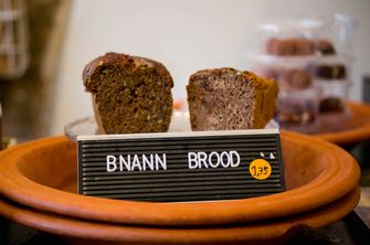 Bnann brood bij Couscousbar Amsterdam