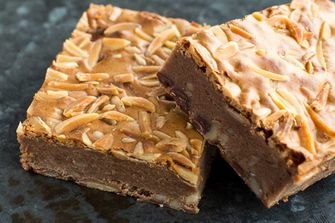 milky brownies met amandel
