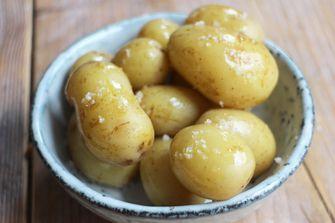 Aardappeltjes asperges a la flamande
